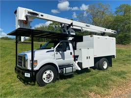 2021 Ford 750 With new Versalift VO260REV Forestry Unit