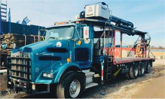 2005 Kenworth with 92-ft Cormach boom
