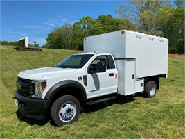 Ford 550 4x4 Chip Truck