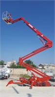 CMC 75 L- Ultra-Versatile 75 Ft Tracked Lift